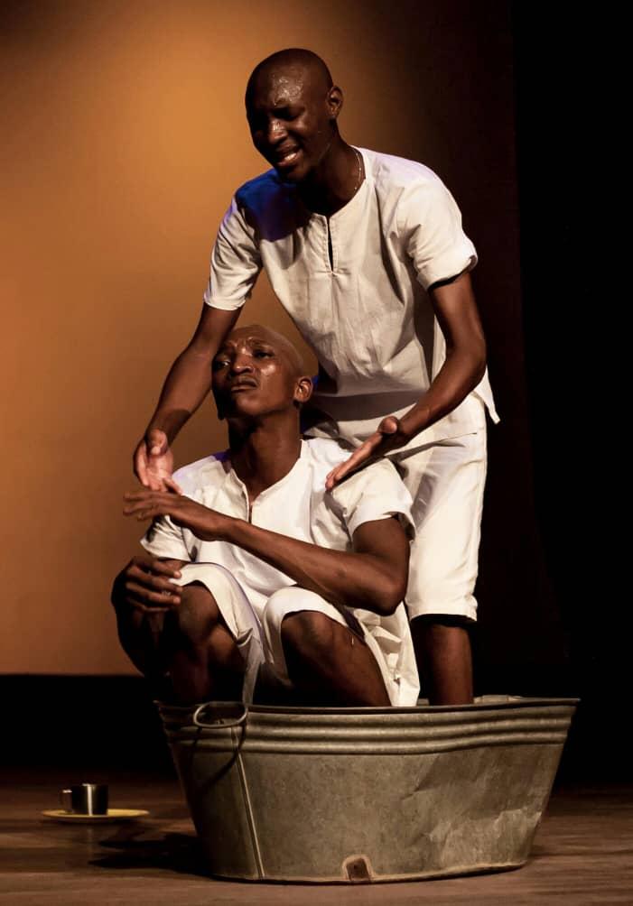 Khekhe-and-co-star-in-Zandezi-directed-by-Lloyd-Nyikadzino